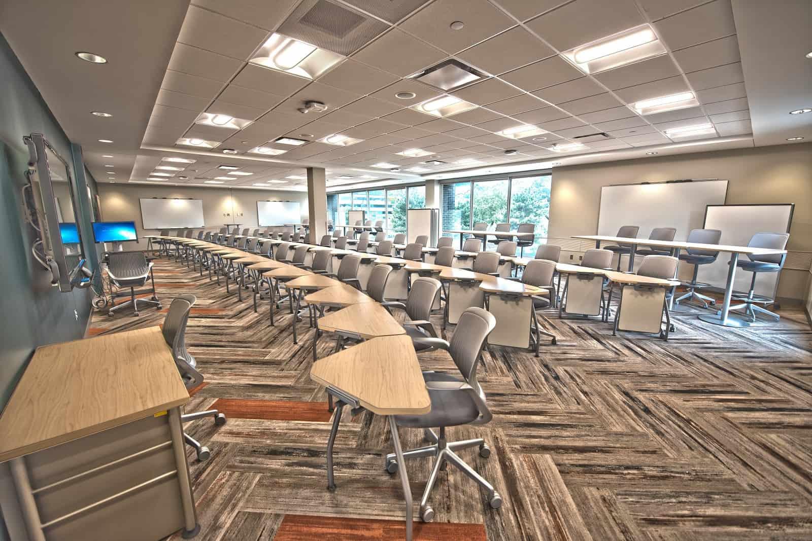 dcf valuation method classroom
